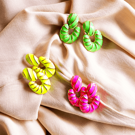 brinco-silvia-colorido-esmaltado-neon-verde-laranja-rosa-amarelo