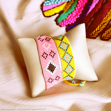 pulseira-de-micanga-bordado-verao-2021-rosa-amarelo-tendencia-fashion-verao-21