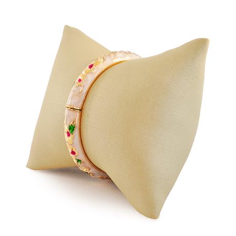 bracelete-branco-dourado-flor-00046586-